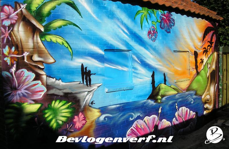 Graffiti kunst geeft warmte in de tuin